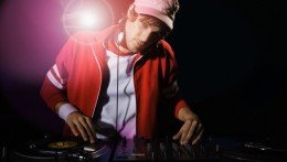 mobile DJ hire Perth,mobile DJ,mobile DJ companies,local mobile DJ,mobile disco quotes