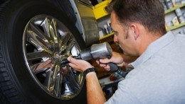 Professional Mobile Tyre Fitting services Leeds